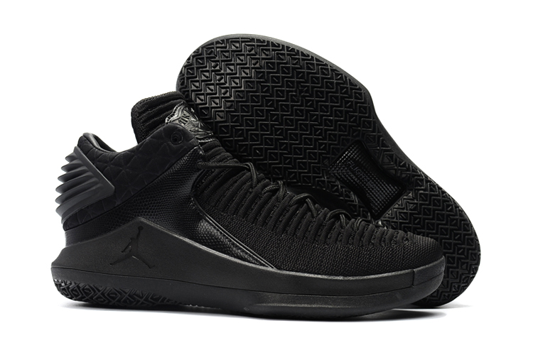 2017 Air Jordan 32 Low Triple Black
