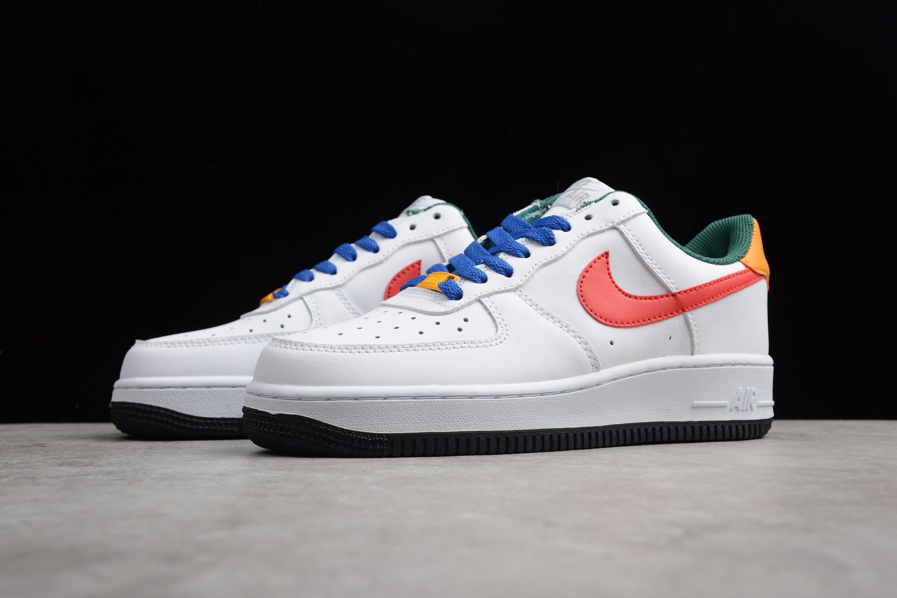2018 nike wmns air force 1 low love white bright crimson