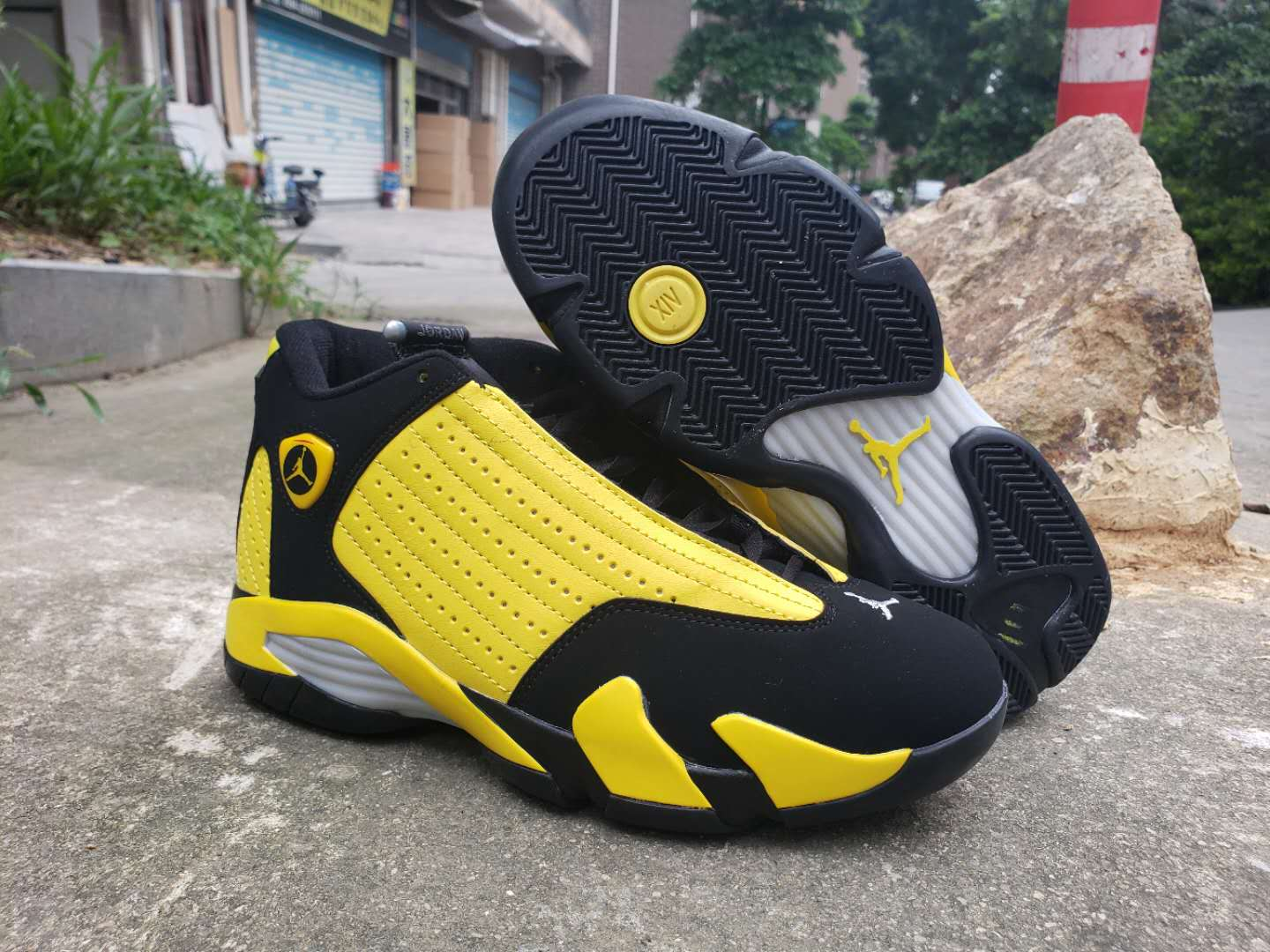 2019 Men Jordan 14 Bumblebee Shoes