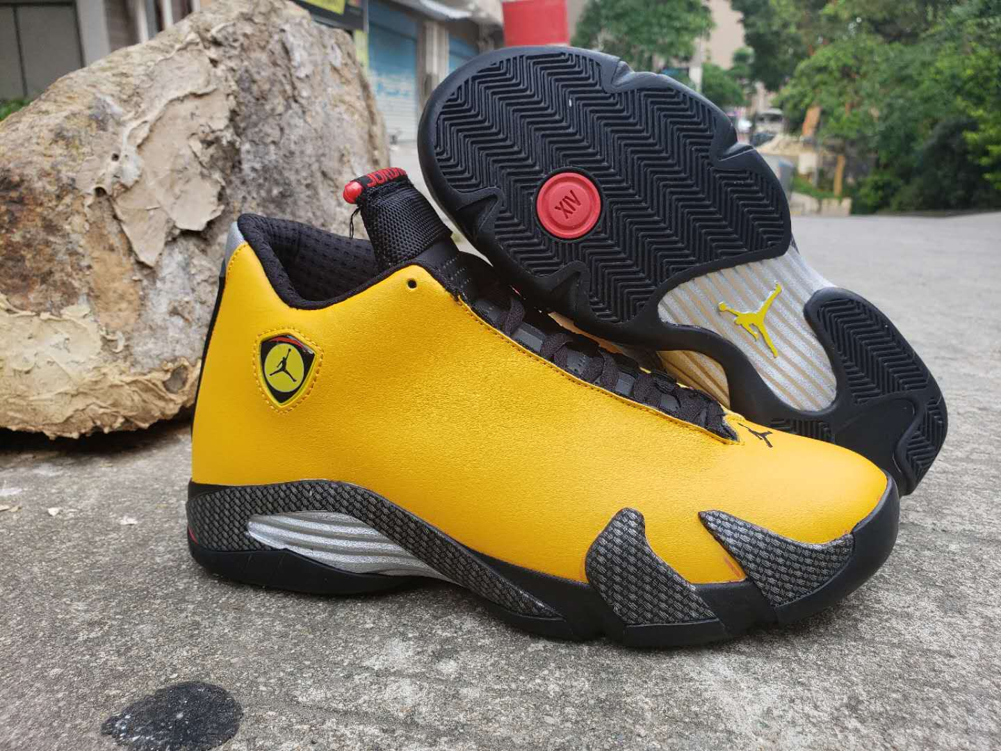 2019 Men Jordan 14 Reverse Yellow Black Shoes
