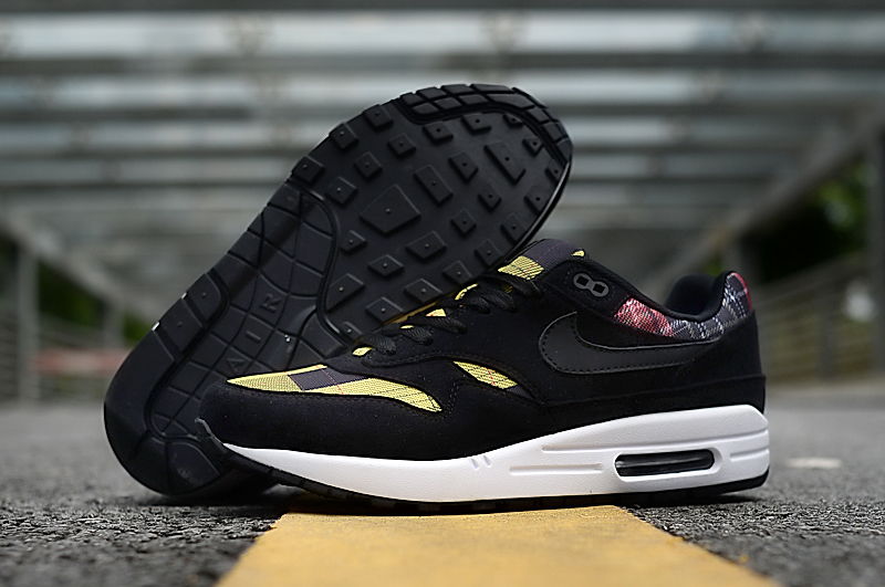 2019 Nike Air Max 90 Black Yellow White Shoes