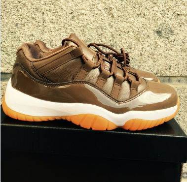 Air Jordan 11 GS Chocolate White Orange Shoes