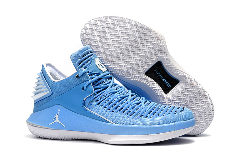 Air Jordan 32 Low The North Carolina Blue Shoes