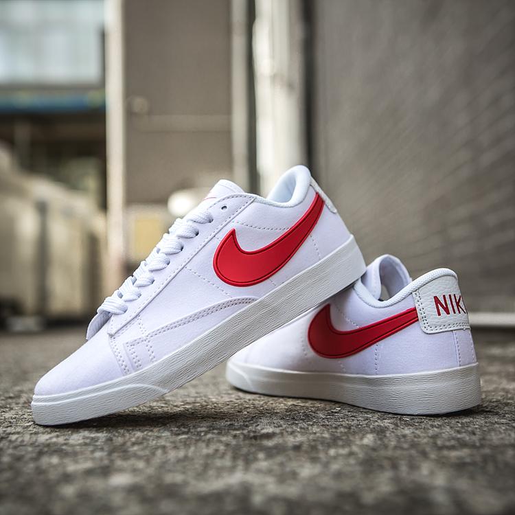 Women Nike SB Shoes