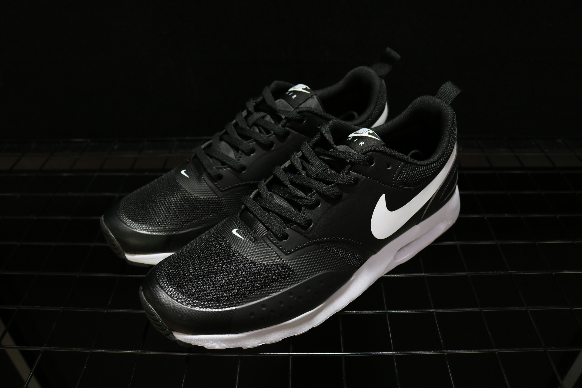 Nike Air Max Vision Se 87 Black White