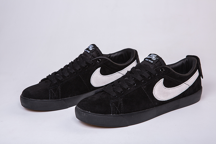 Women Nike Air SB Zoom Low GT Black White Swoosh Shoes