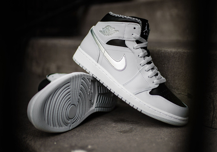 Women Air Jordan 1 Retro Midd Grey Black Shoes