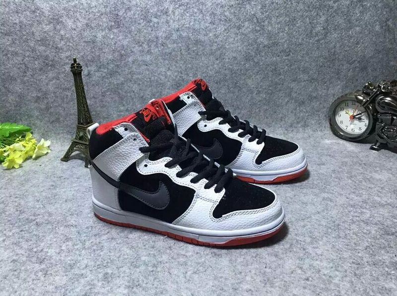 Dunk SB High White Black Red Shoes