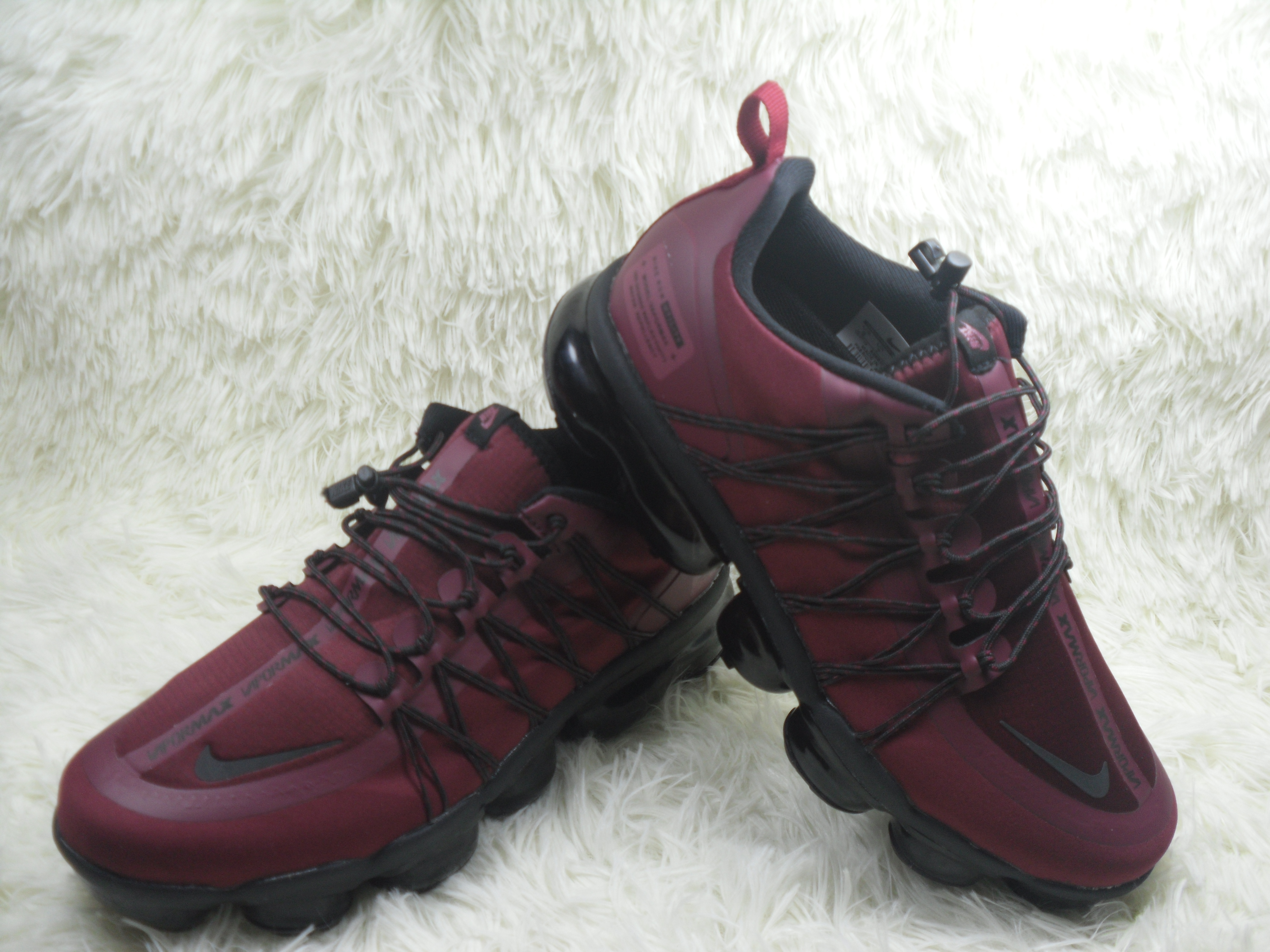 Men NIKE SP W NIKE AIR VAPORMAX RUN UTLTY Wine Red Black Shoes
