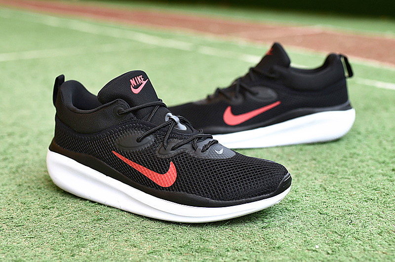 Men NIKE VLALE VII Black Red White Shoes