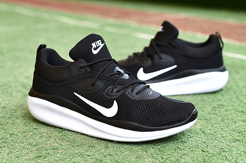 Men NIKE VLALE VII Black White Shoes