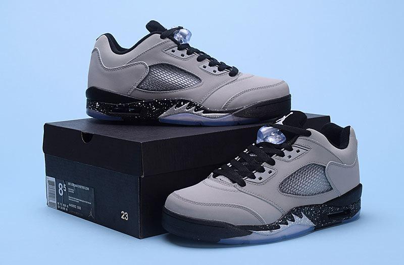 separation shoes 2cb46 57592 Men Air Jordan 5 Low Wolf Grey Black Retro Shoes