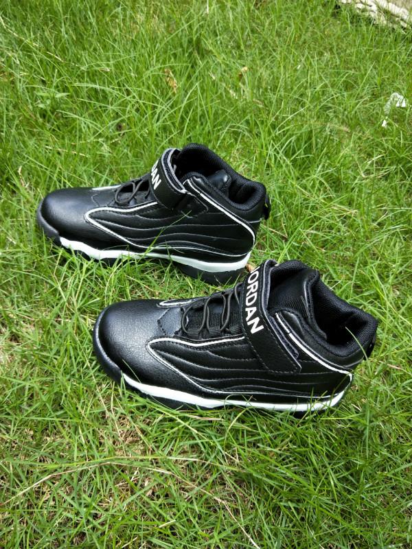 170a015473be4f New Air Jordan 13.5 Black White Shoes For Kids  18women92003 ...