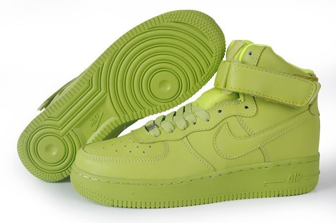 Nike Women AIr Force Mid Green Sneaker