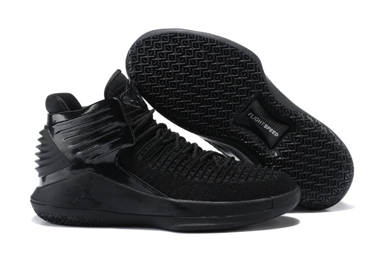 Women Jordan 32 All Black Shoes