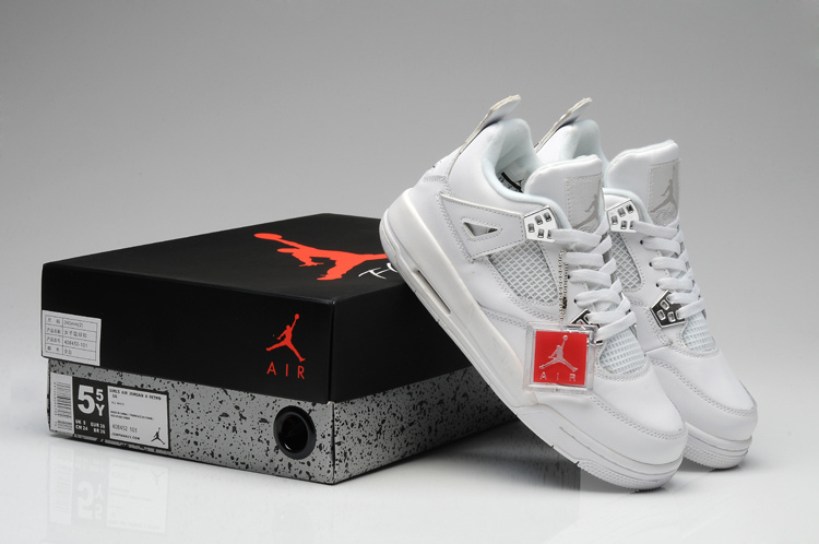 outlet store 0bb8e 1f82a Women Jordans 4 Shoes Are Sold At Factory Price Here