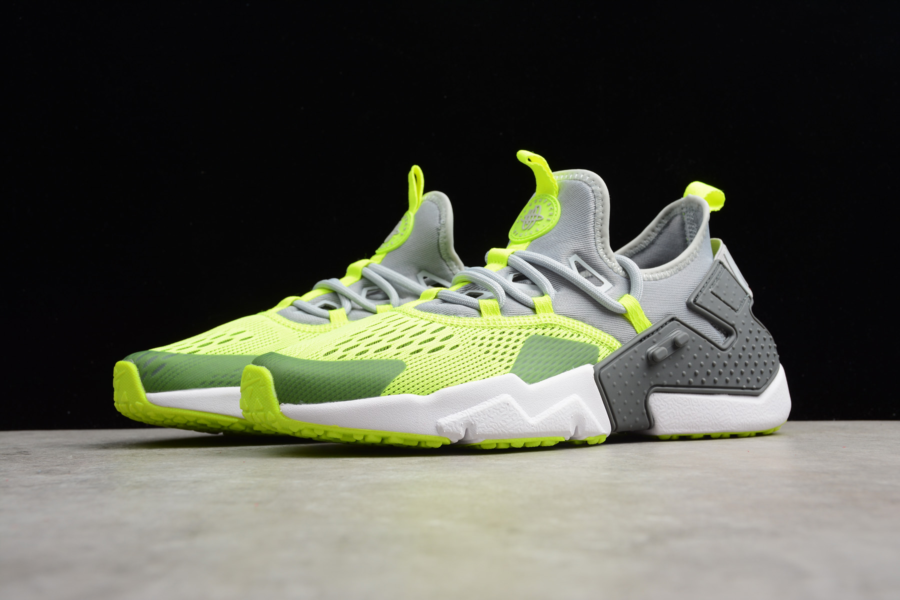 big sale 3409f c4937 nike air huarache drift br 6 wolf grey volt